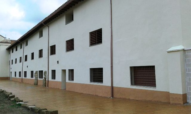 Reforma parcial en Monasterio